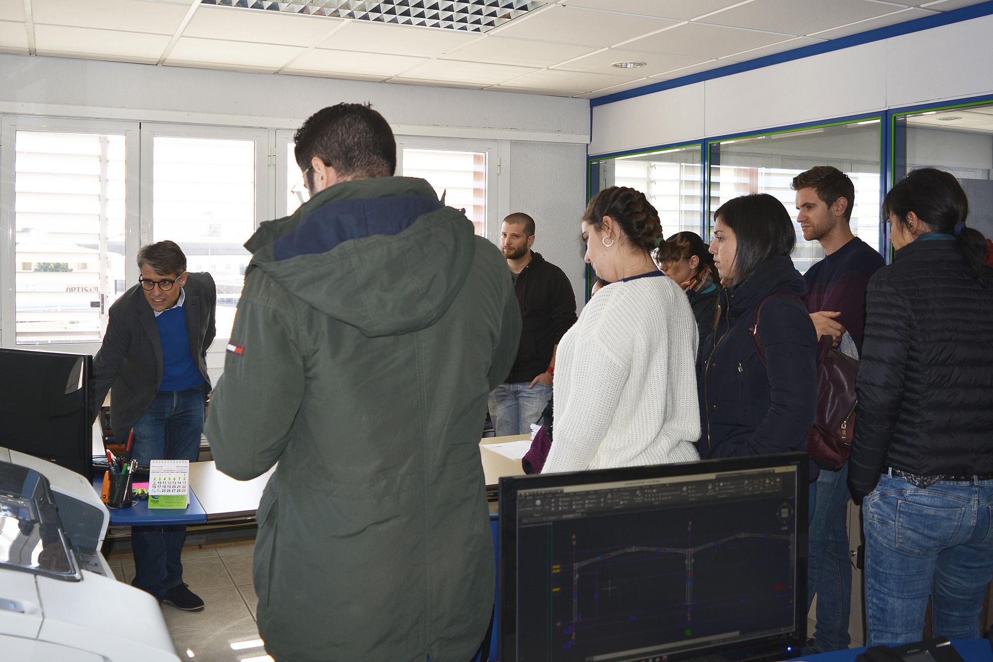 Visita estudiantes EPS Alicante a Lymsa